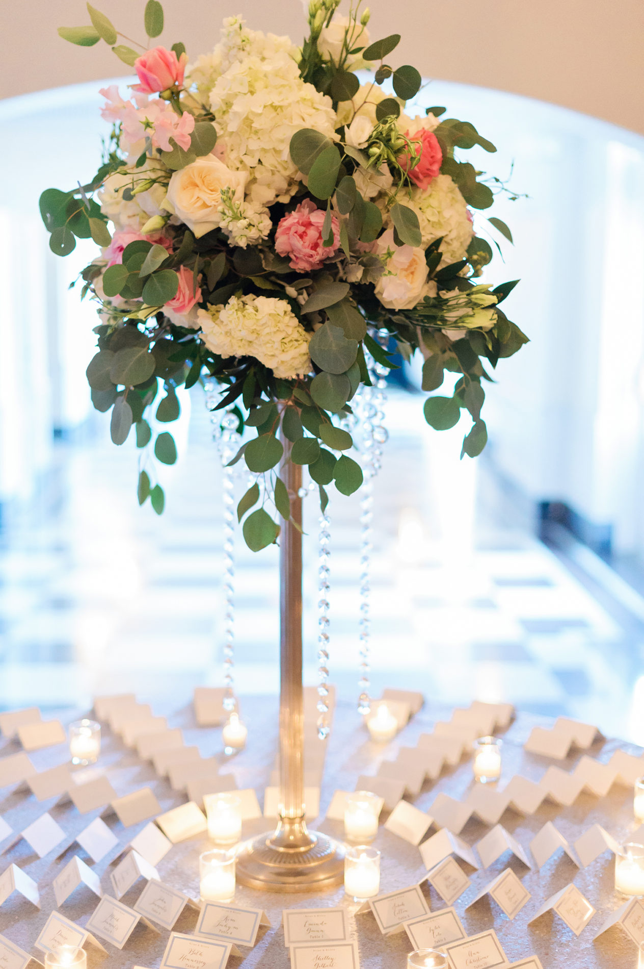 new-haven-lawn-club-wedding-candis-floral-creations-10