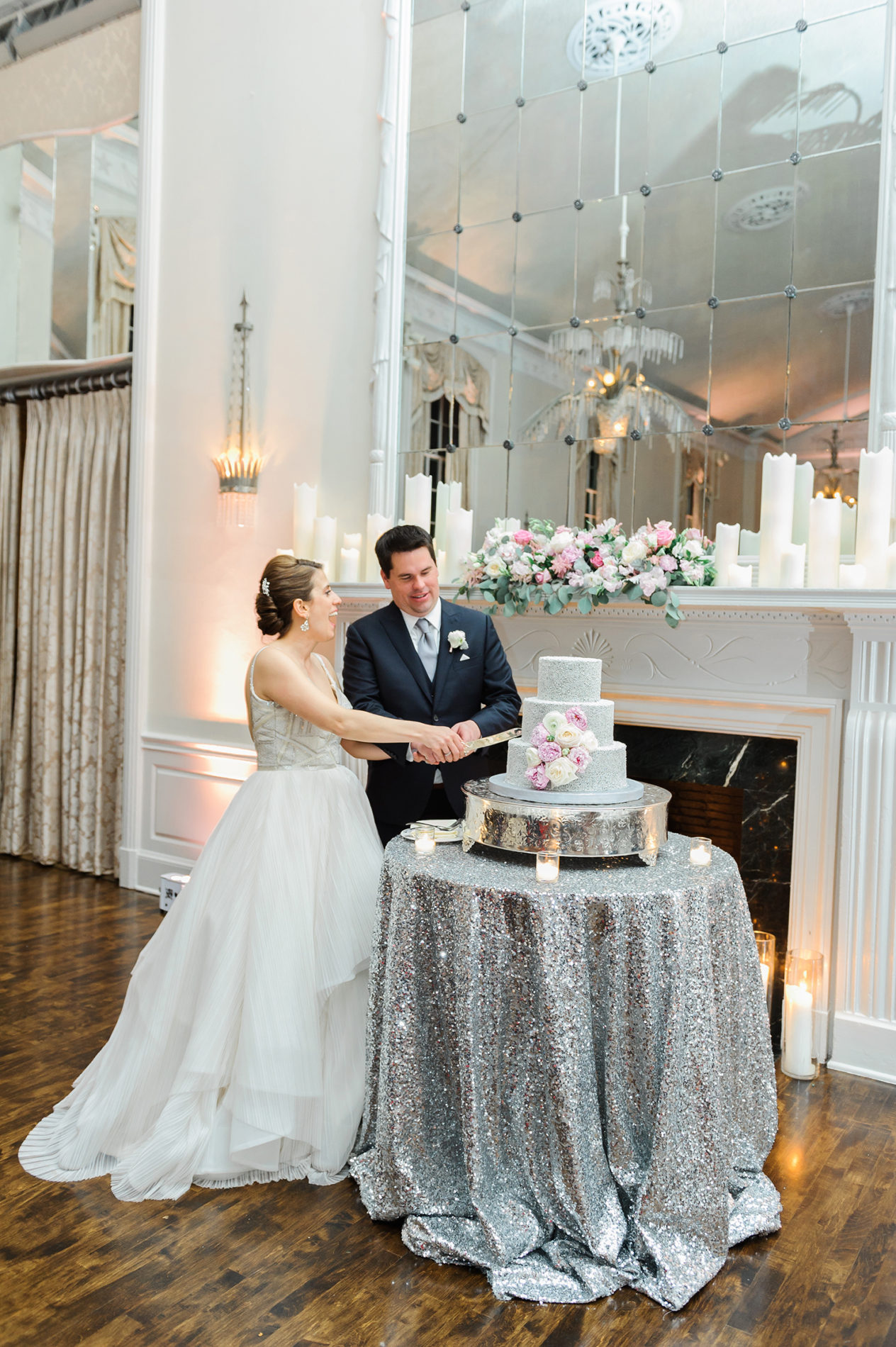 new-haven-lawn-club-wedding-candis-floral-creations-15