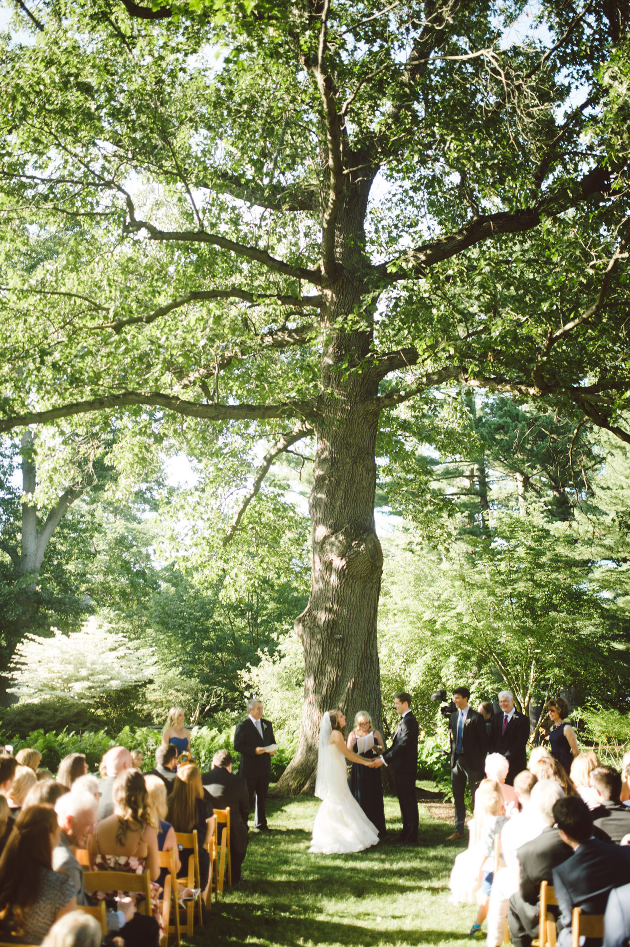 new-haven-lawn-club-wedding-candis-floral-creations-8