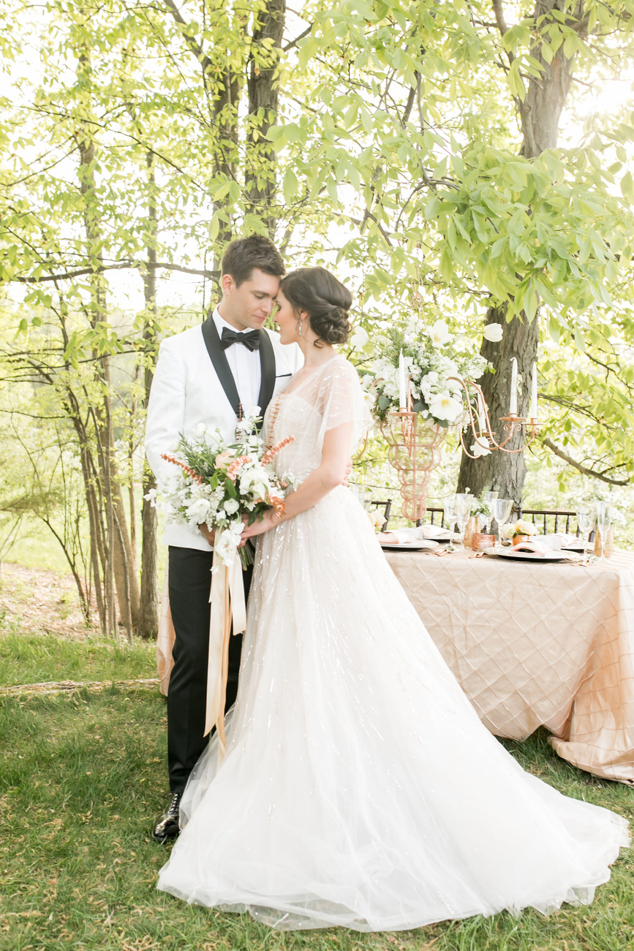 hickory-hill-orchards-wedding-candis-floral-creations-12