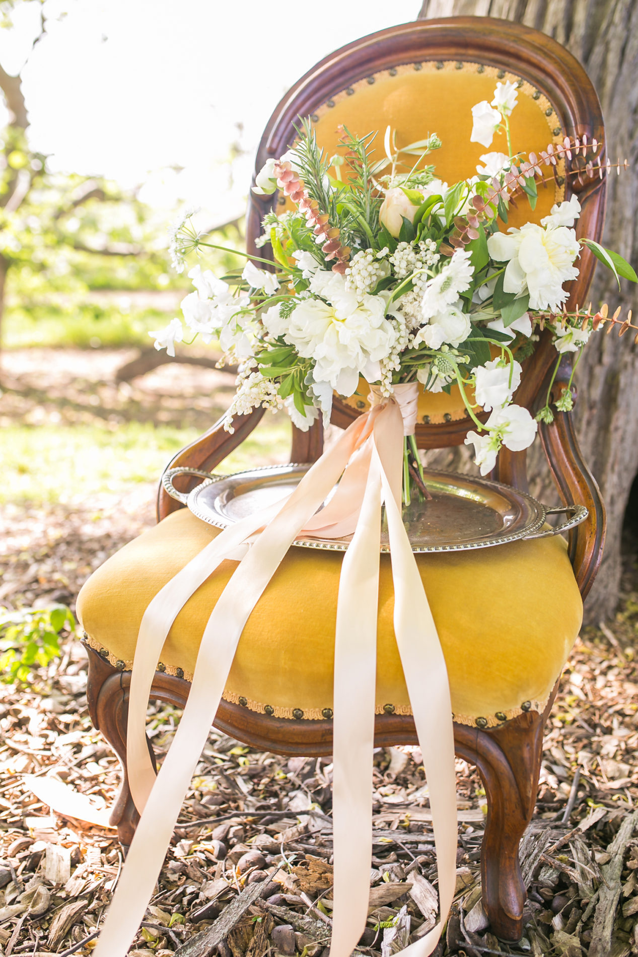 hickory-hill-orchards-wedding-candis-floral-creations-6
