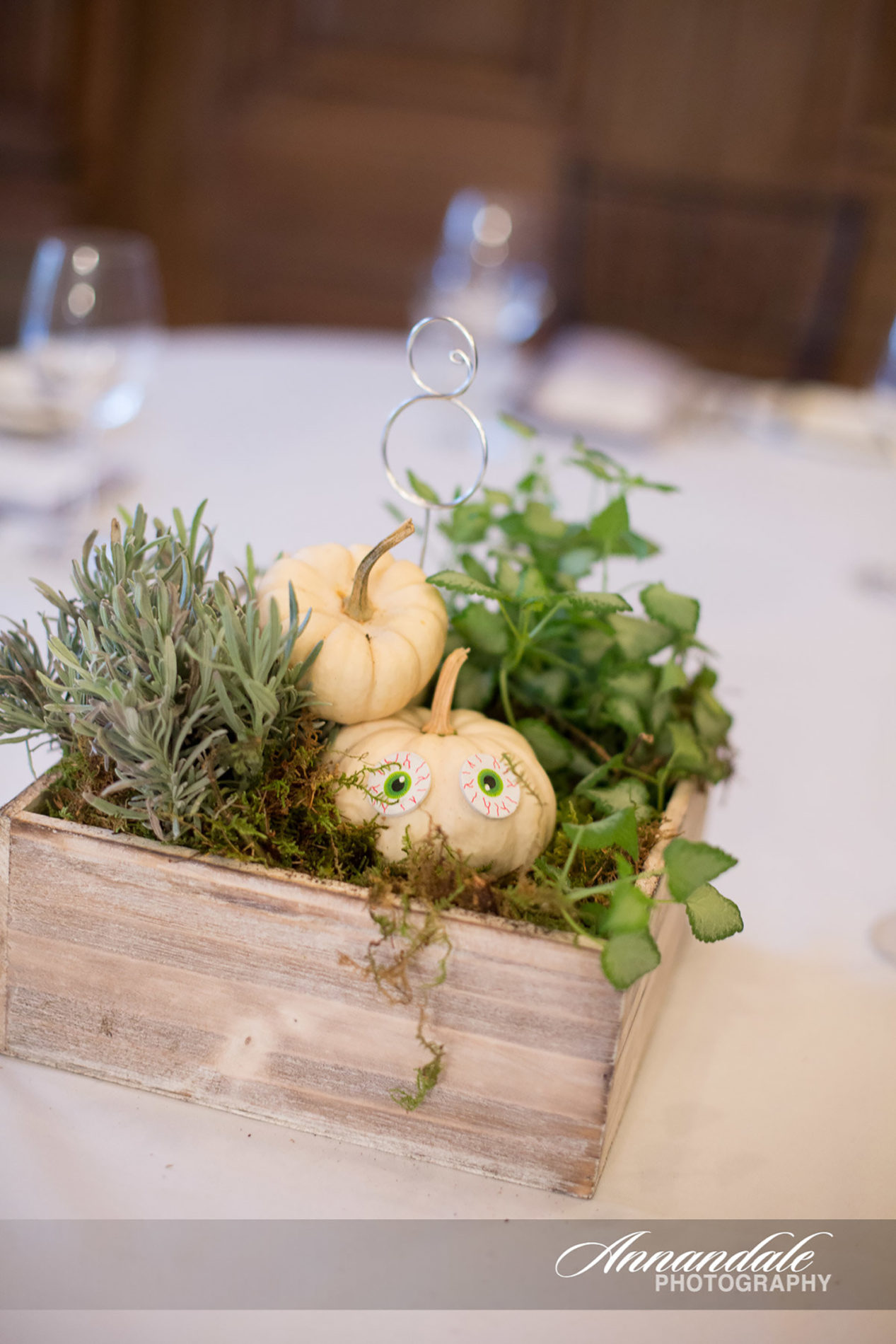 roia-restaurant-new-haven-wedding-candis-floral-creations-5