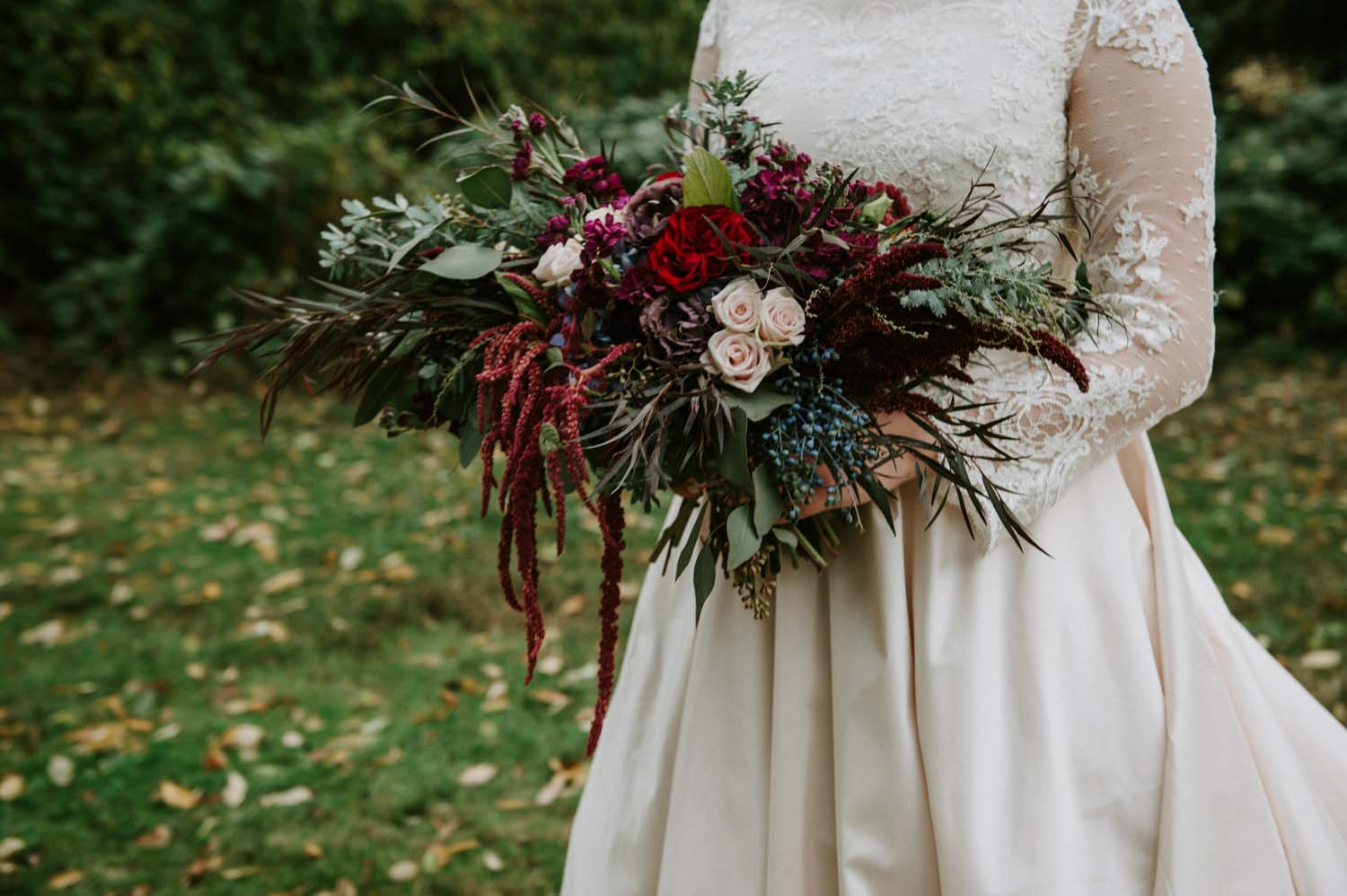 darkly-romantic-wedding-flowers-candis-floral-creations_16