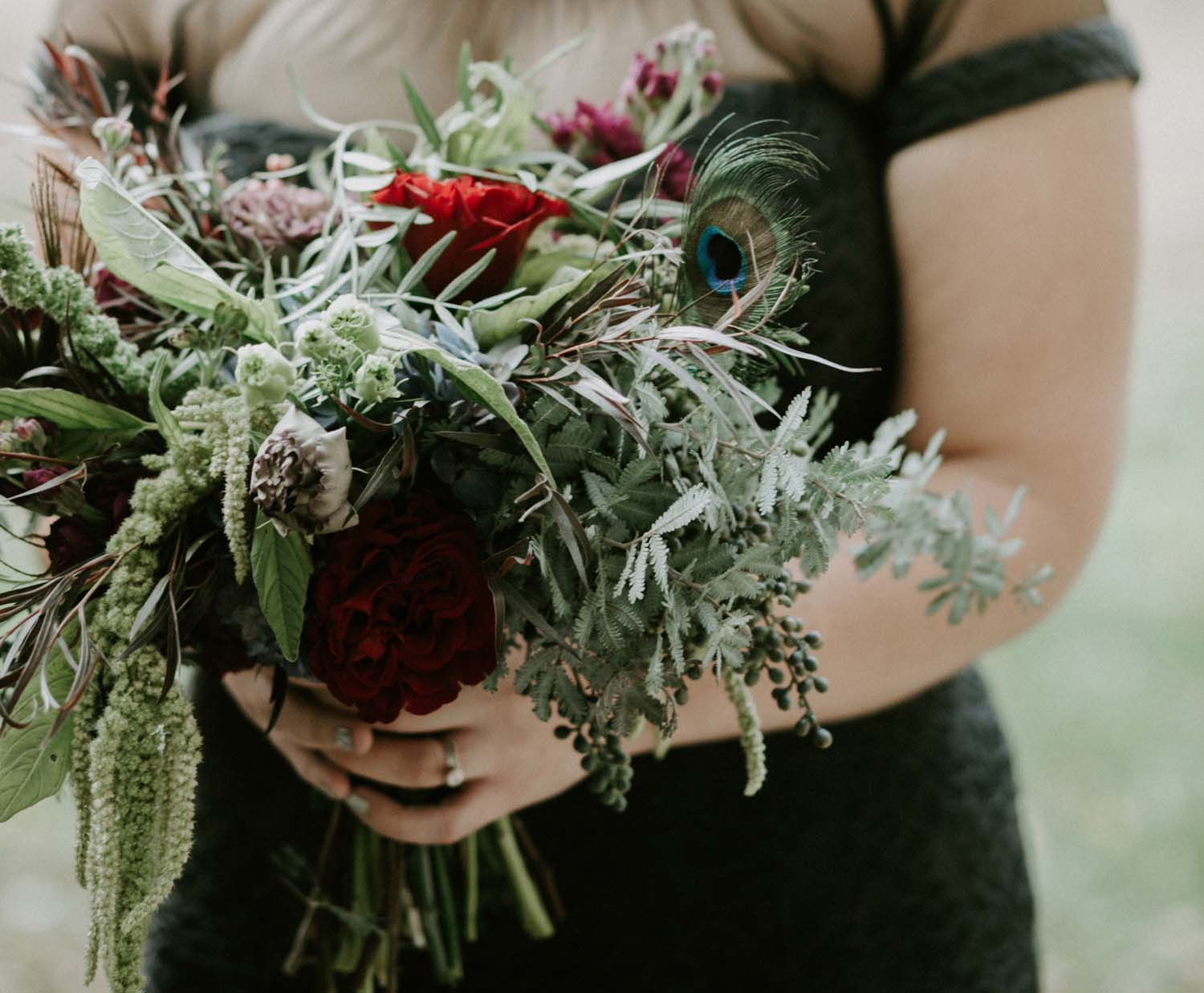 darkly-romantic-wedding-flowers-candis-floral-creations_18