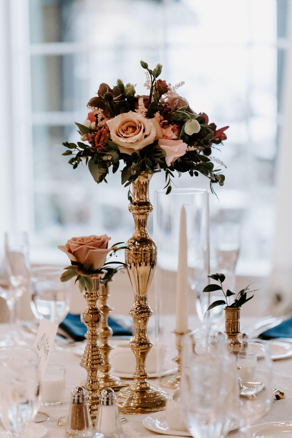 saybrook-point-inn-and-spa-wedding-flowers-12