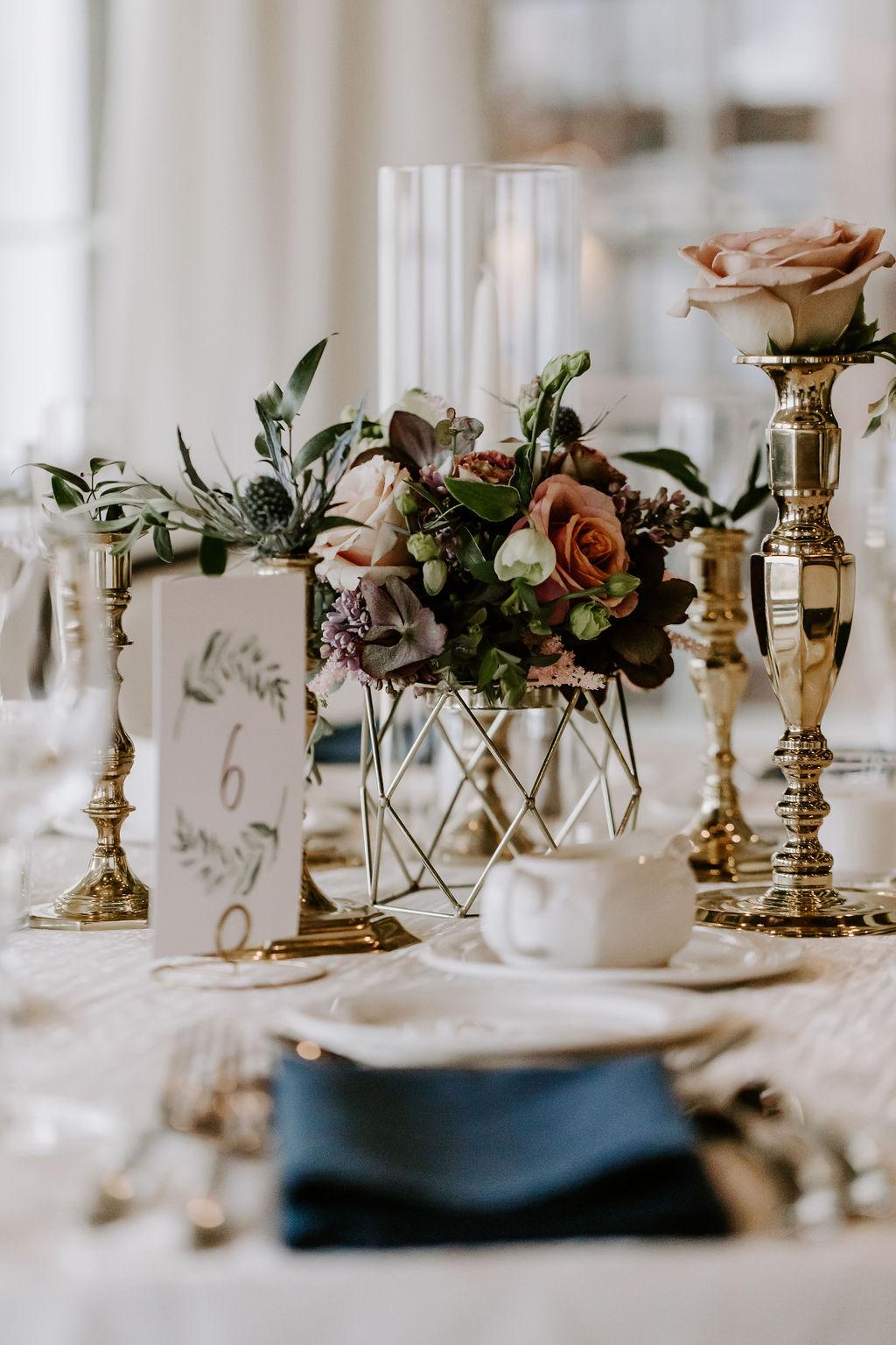 saybrook-point-inn-and-spa-wedding-flowers-13