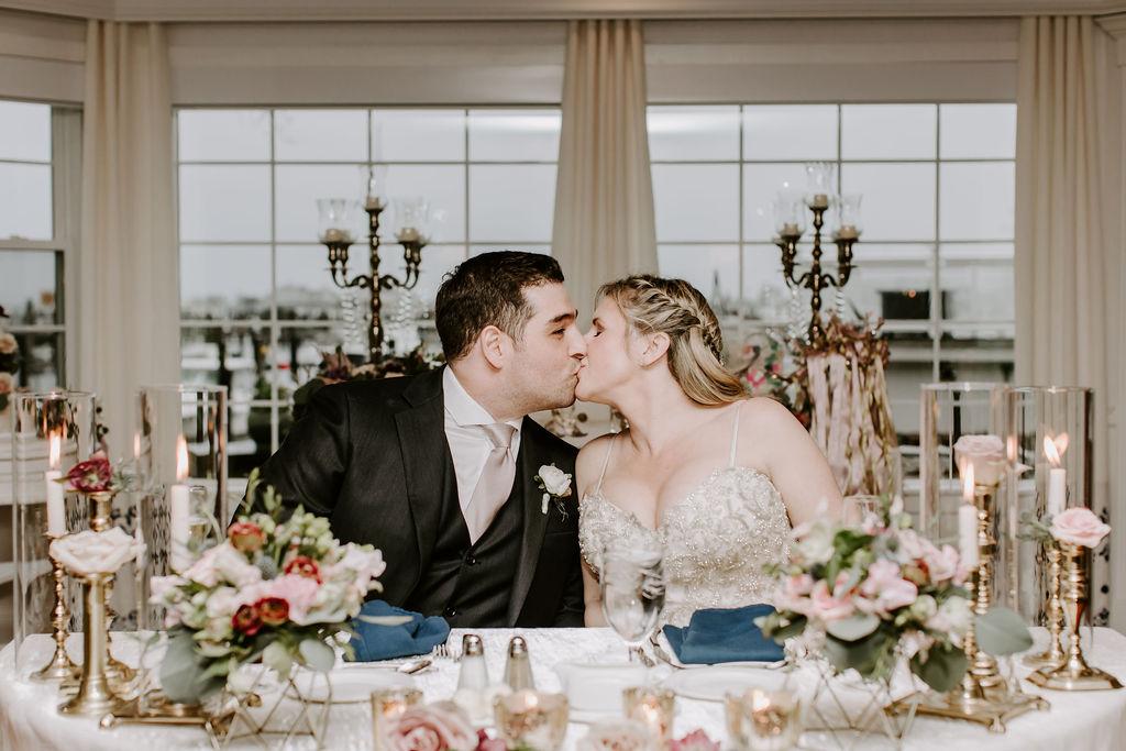 saybrook-point-inn-and-spa-wedding-flowers-16