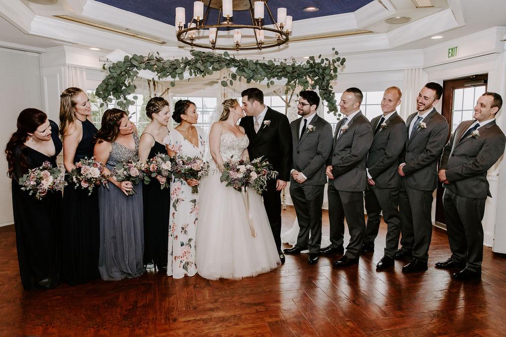 saybrook-point-inn-and-spa-wedding-flowers-8
