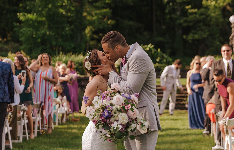 ct-wedding-florist-saint-clements-castle-wedding-10