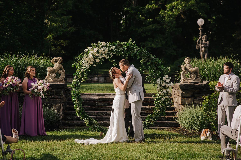 ct-wedding-florist-saint-clements-castle-wedding-9
