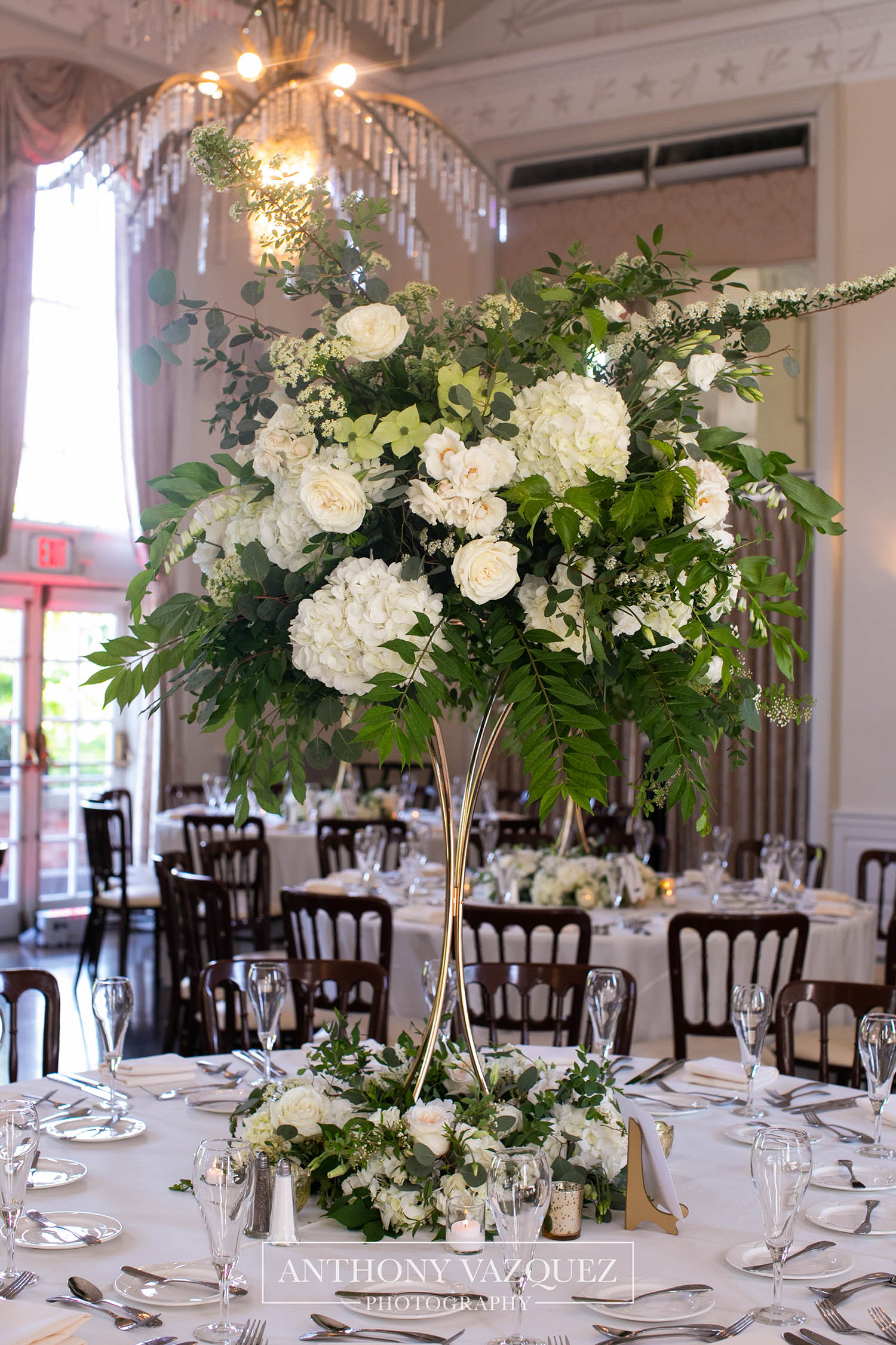 new-haven-lawn-club-wedding-flowers-1