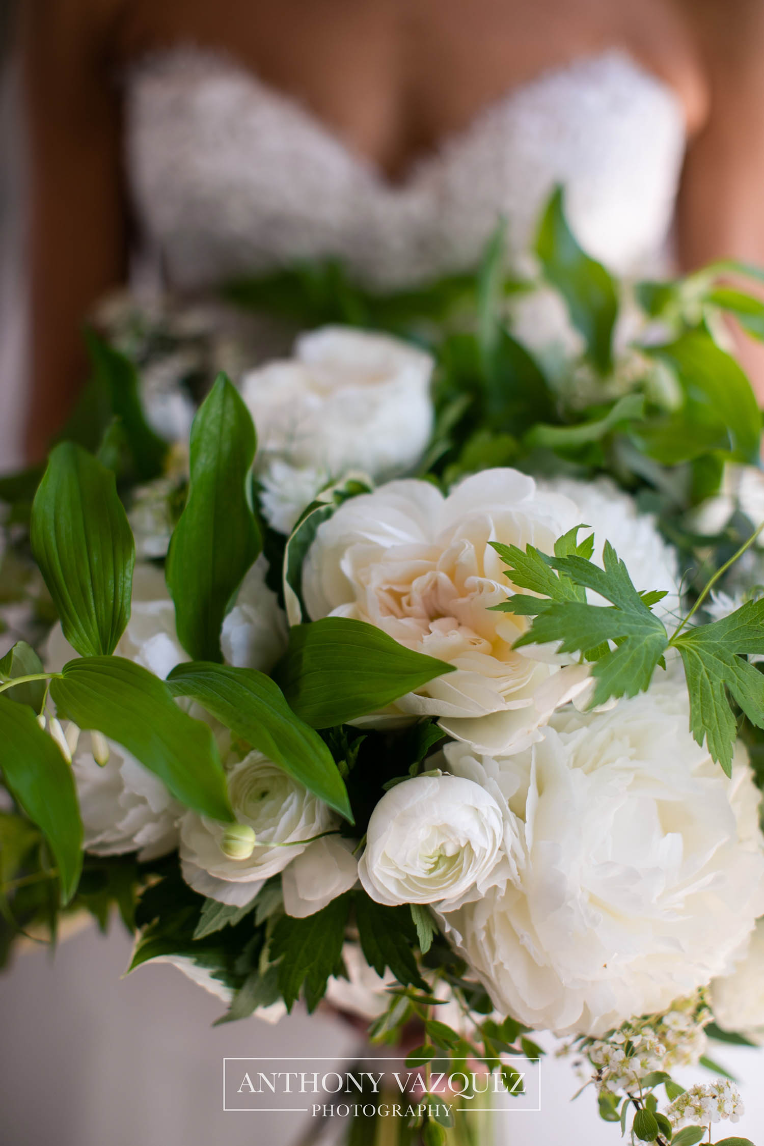 new-haven-lawn-club-wedding-flowers-10