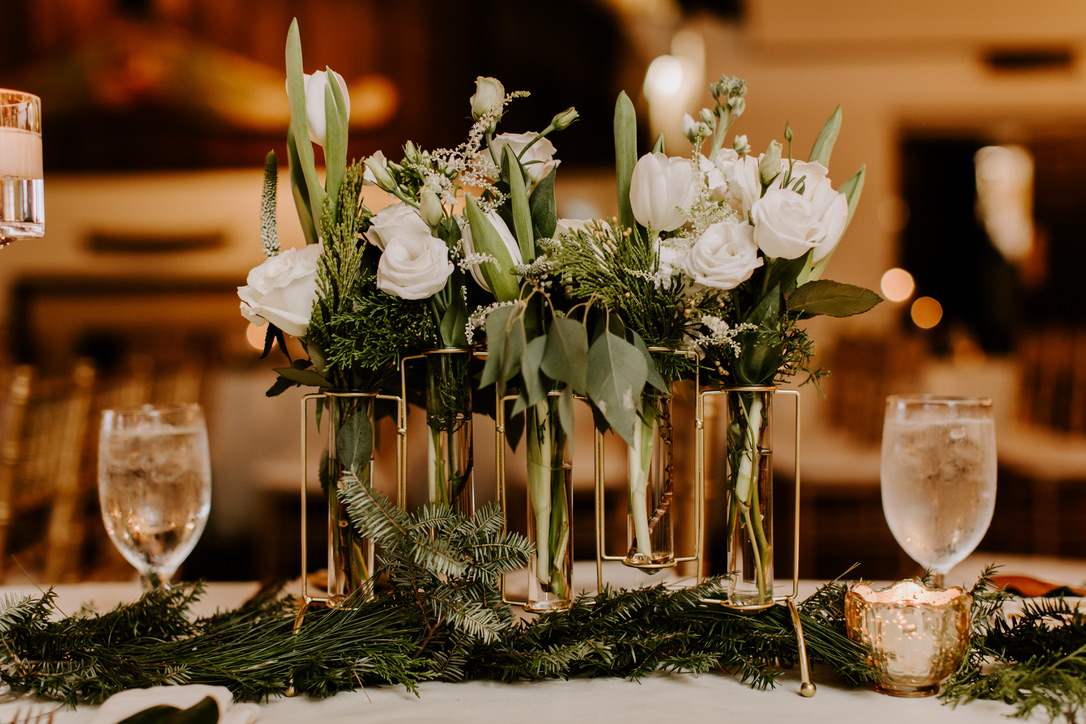 latitude-41-wedding-flowers-candis-floral-creations-15