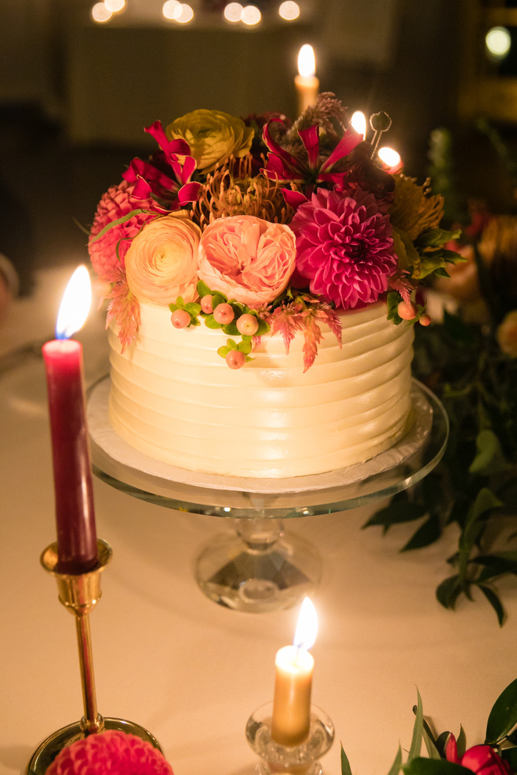 new-haven-lawn-club-wedding-flowers-candis-floral-creations-15