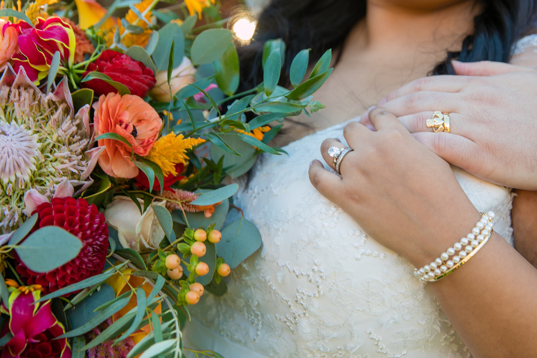 new-haven-lawn-club-wedding-flowers-candis-floral-creations-3