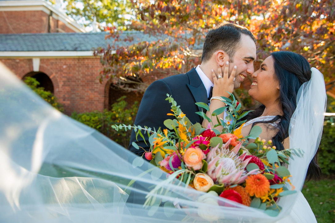 new-haven-lawn-club-wedding-flowers-candis-floral-creations-4