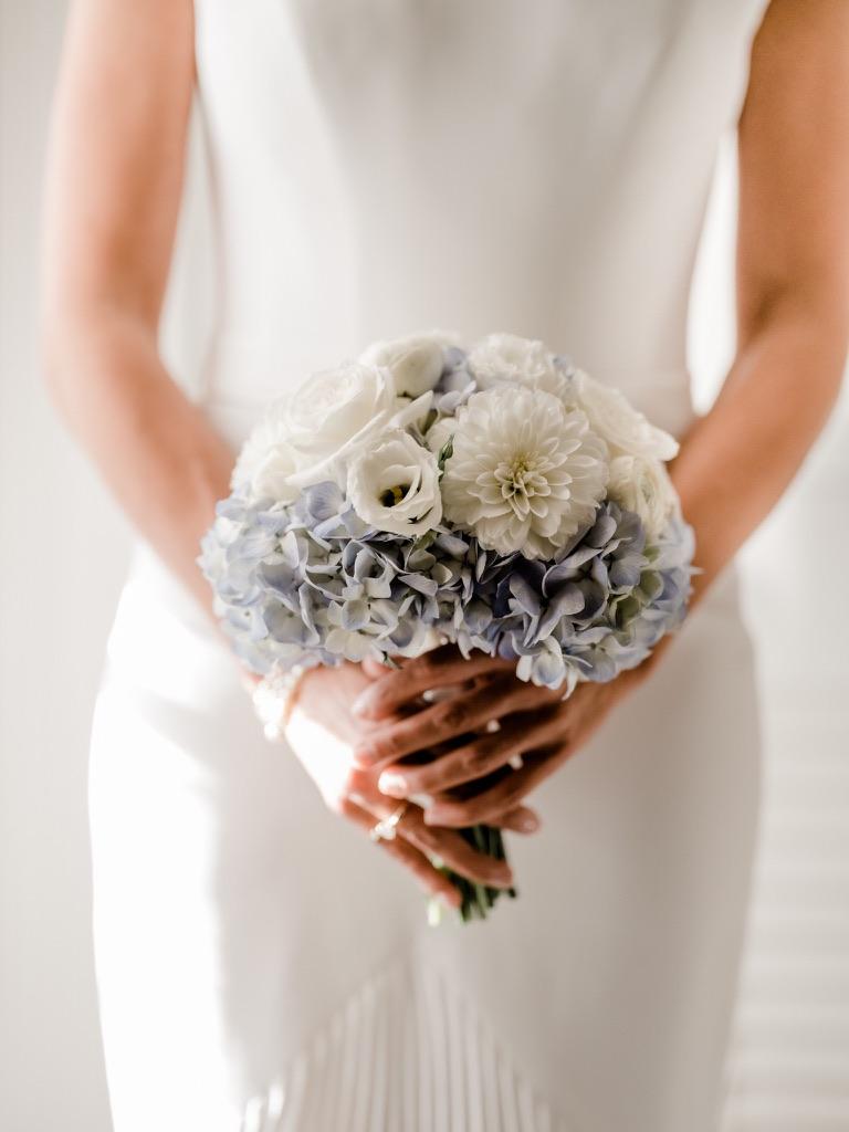 roger-sherman-inn-wedding-flowers-candis-floral-creations-1