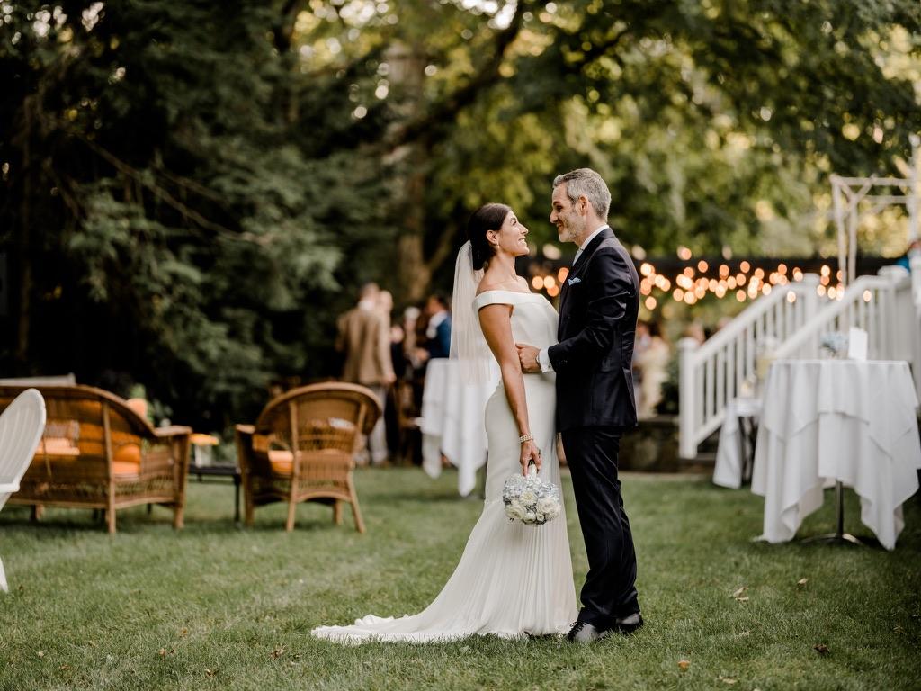 roger-sherman-inn-wedding-flowers-candis-floral-creations-11