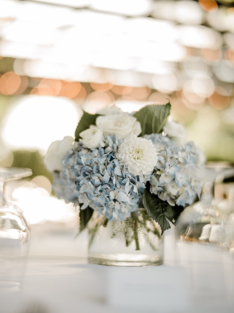 roger-sherman-inn-wedding-flowers-candis-floral-creations-5