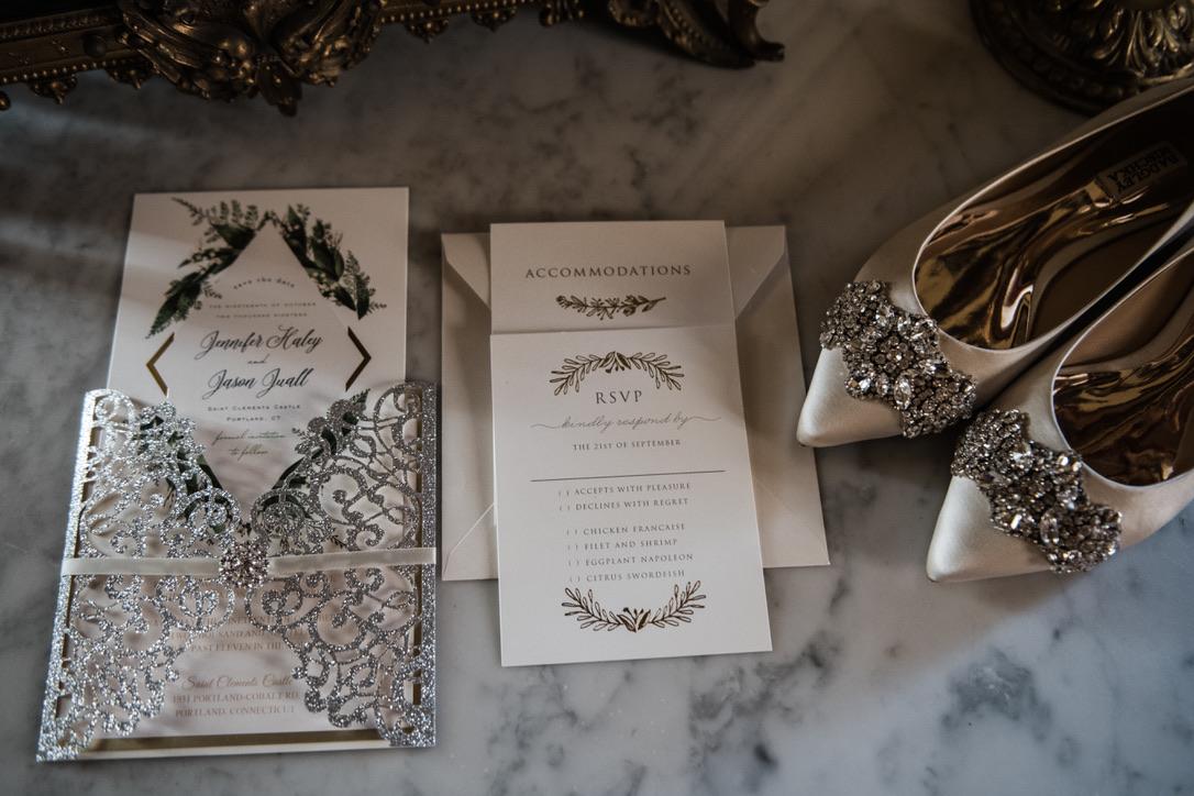 saint-clements-castle-wedding-flowers-candis-floral-creations-1