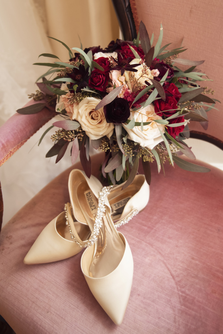 st-clements-castle-wedding-flowers-candis-floral-creations-1