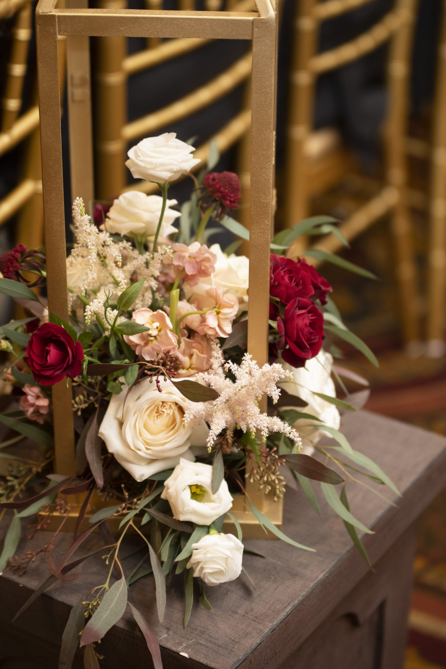 st-clements-castle-wedding-flowers-candis-floral-creations-3